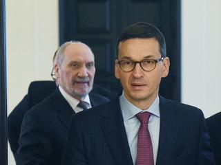 Macierewicz szukał haków na Mateusza Morawieckiego i jego ojca