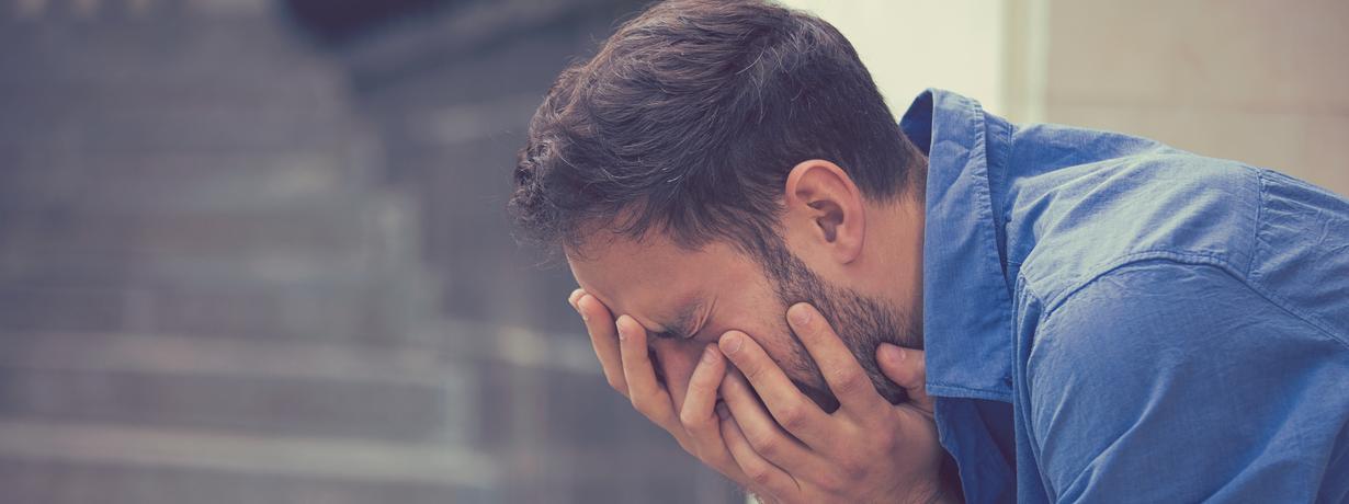 Czy ojciec powinien płakać przy dziecku?