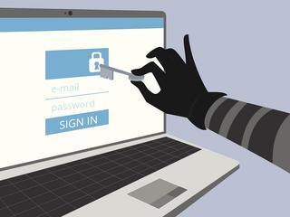 Jak skutecznie chronić swój komputer przed atakami z sieci