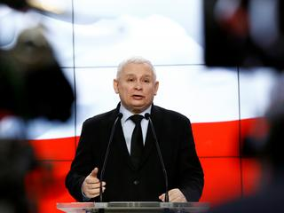 Dlaczego opozycja musi zacząć chwalić Kaczyńskiego?
