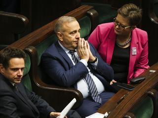 Przedwyborcze manewry i trójskok opozycji
