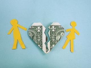 Finansowe porachunki małżeńskie. Jak pary kłócą się o pieniądze