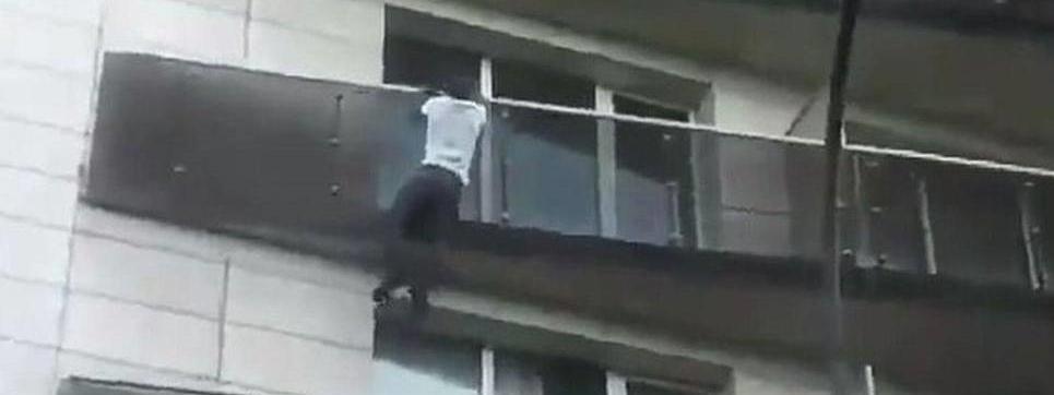 Francja spider man