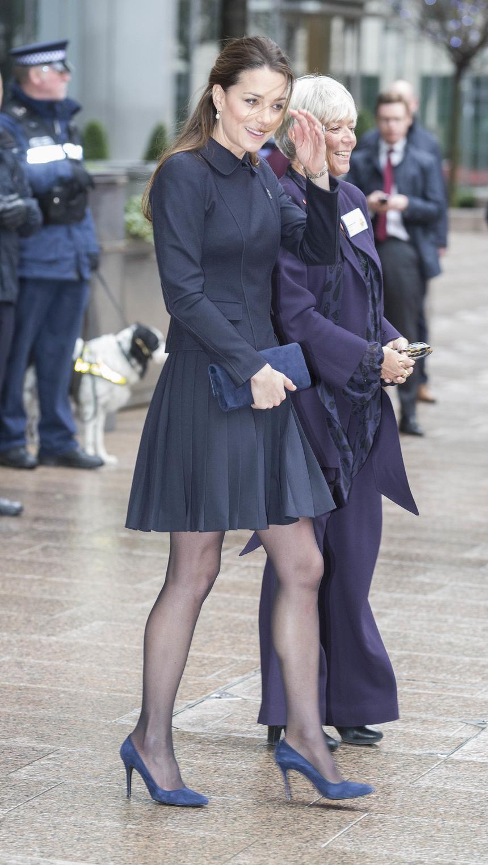 2000 rok. 18-letnia Kate Middleton nie znała jeszcze swojego przyszłego męża