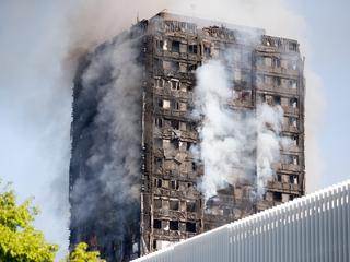 Tragiczny bilans pożaru apartamentowca w Londynie. 58 osób uznano za zmarłe
