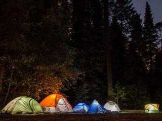 Wakacje pod namiotem? Co będzie Ci potrzebne?