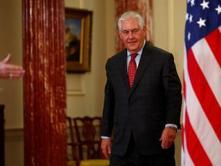 Rex Tillerson. Człowiek, który chroni interesy USA przed szaleństwami Trumpa