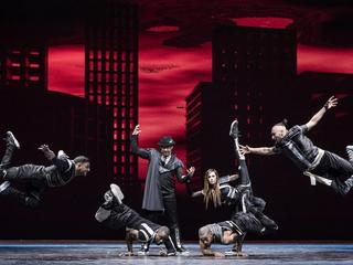 Czy on lewituje? Berlińska grupa taneczna Flying Steps wystąpi w Warszawie