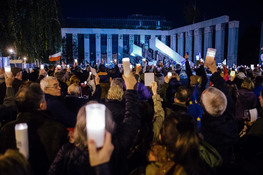 Protest KOD pod Sądem Najwyższym pod hasłem
