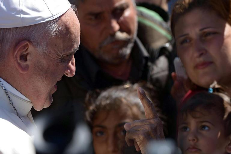 Papież Franciszek Kościół katolicki Watykan uchodźcy imigranci Lesbos