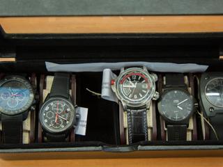 CBŚ szuka właścicieli złota, monet, zegarków odebranych warszawskim złodziejom
