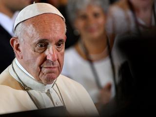 """Franciszek nie wierzy w """"szemrane"""" objawienia"""