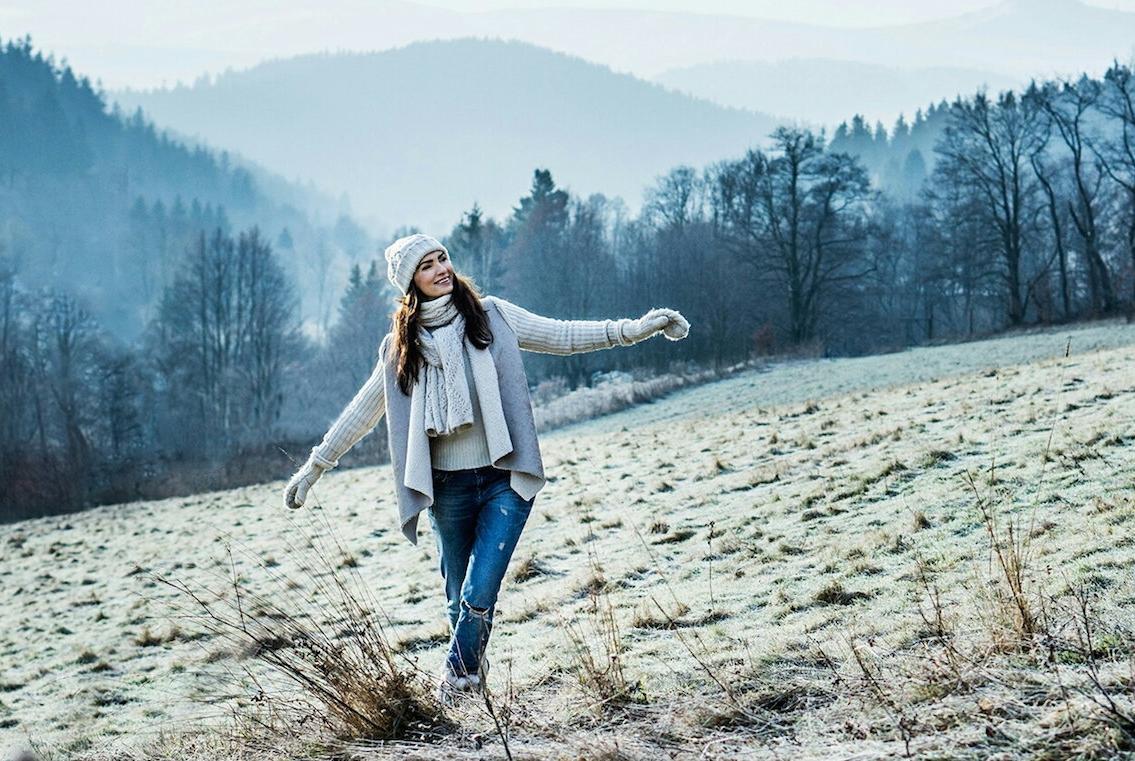 Agnieszka Maciąg - zakochana w naturze, jedzeniu, zdrowiu i świadomym życiu.