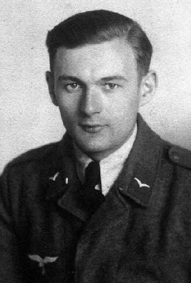 Stefan Marek w mundurze Luftwaffe