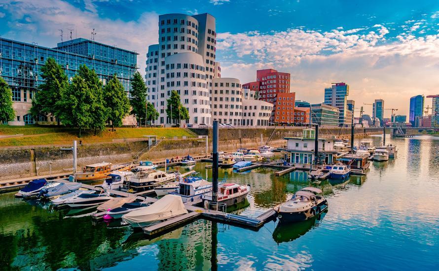 Düsseldorf: atrakcje i przewodnik po stolicy Nadrenii Północnej-Westfalii