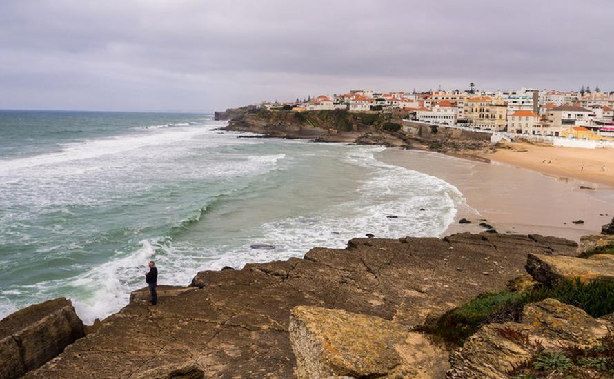 Tramwaj z Sintry do Plaży Jabłek w Lizbonie atrakcją turystyczną