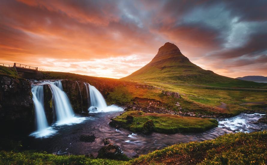 Jak tanio podróżować po Islandii? Poradnik