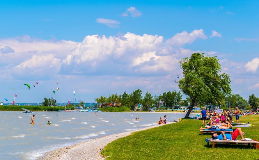 Najpopularniejsza miejscowość wypoczynkowa nad Jeziorem Nezyderskim