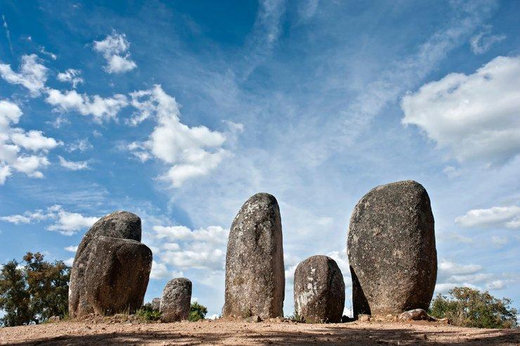 Almendres - tajemniczy, kamienny krąg