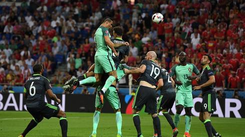 Niesamowity wyskok Cristiano Ronaldo