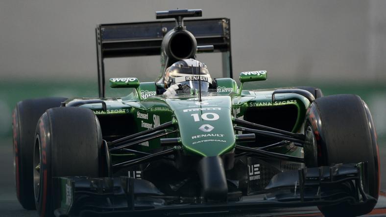 Kamui Kobayashi w bolidzie Caterham
