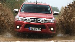 Toyota Hilux 2.4 D-4D - Wygodniejsza, ale i lepsza w terenie