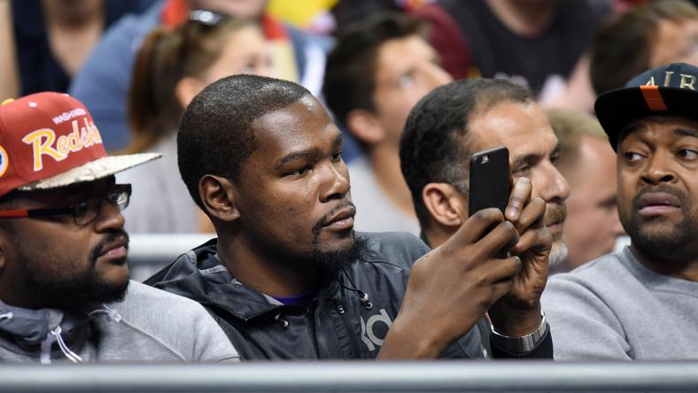 Kevin Durant fotósnak állt /Fotó: AFP