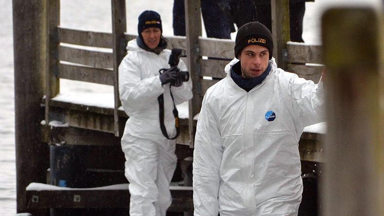 Búvárok találták meg a holttesteket / Fotó: MTI