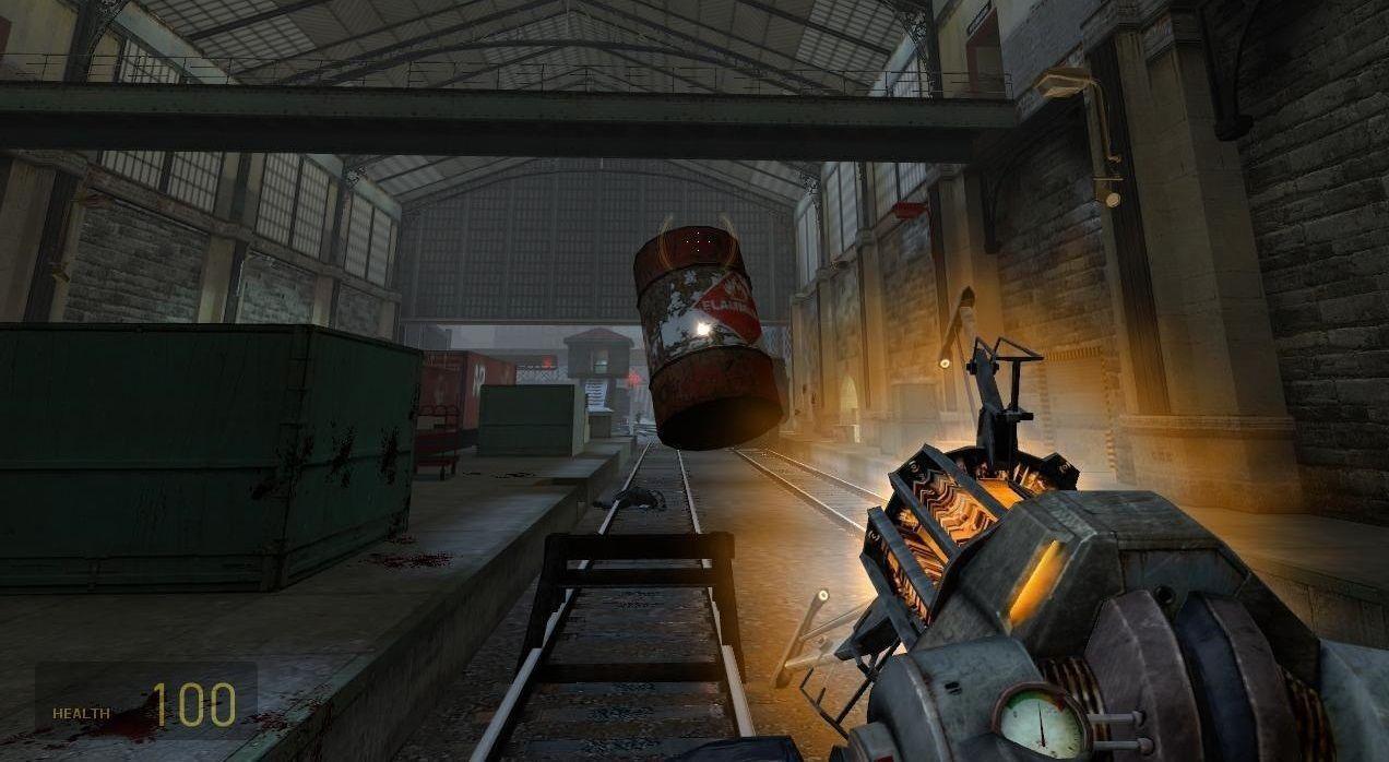 Najikonickejšou zbraňou celej série je Gravity Gun, umožňujúca vzdialenú manipuláciu s objektmi.