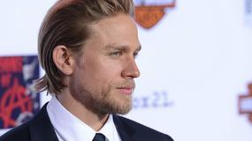 Charlie Hunnam nadal żałuje, że zrezygnował z roli Christiana Greya