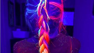 Nowy trend na Instagramie: Fluorescencyjne farby do włosów