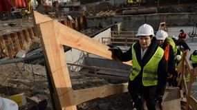 Wmurowanie kamienia węgielnego na budowie stacji Trocka II linii metra na Targówku