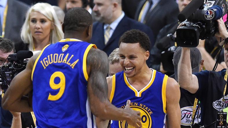 Curry duplán írt történelmet /Fotó: AFP