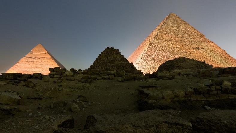 Vajon ki építette ezeket a piramisokat? /Fotó: Northfoto