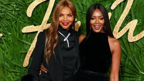Naomi Campbell zabrała mamę na galę British Fashion Awards. Wyglądały jak siostry!