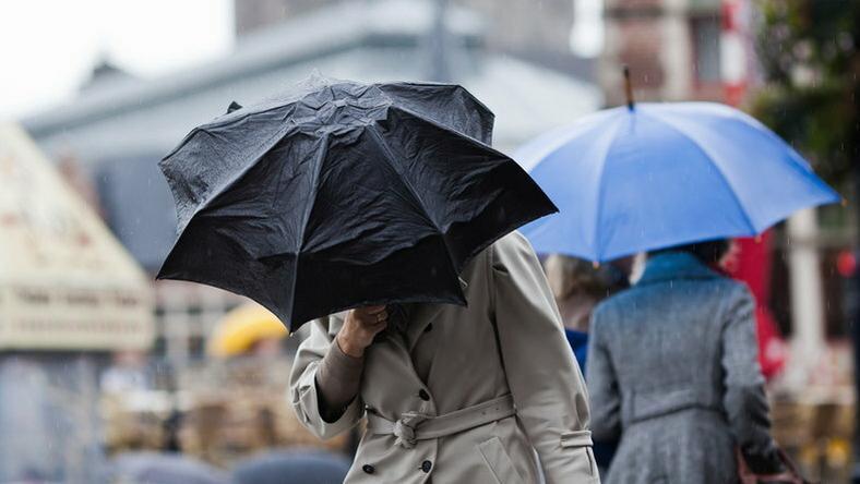 Elő az esernyőkkel! / Fotó:Northfoto