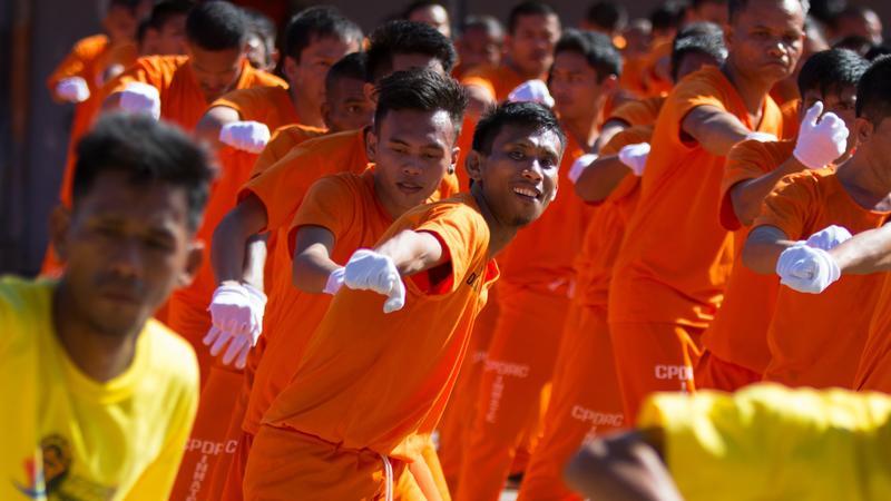 Fülöp-szigetekei börtönben a rabok gyakorolják a táncot / Fotó: NORTHFOTO
