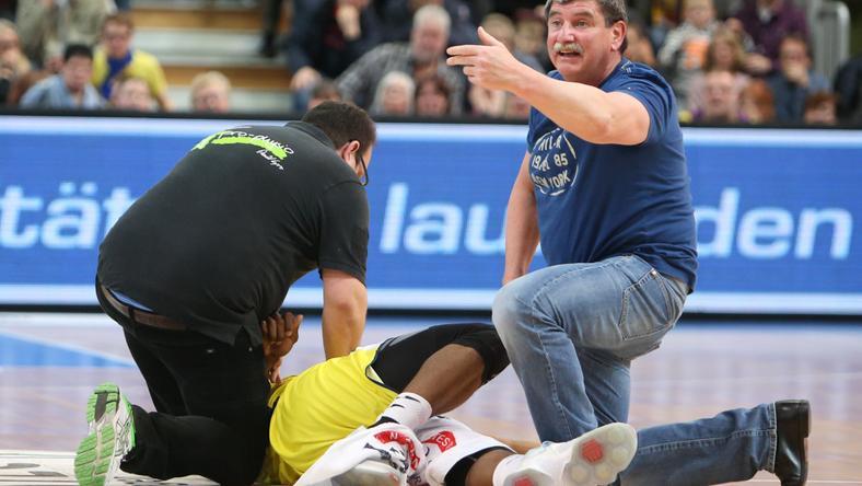 DJ Covington súlyosan megsérült a Bamberg elleni mecsen / Fotó: phoenix-hagen.de