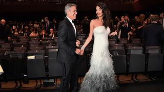 Best Look: Amal Clooney w sukni Atelier Versace