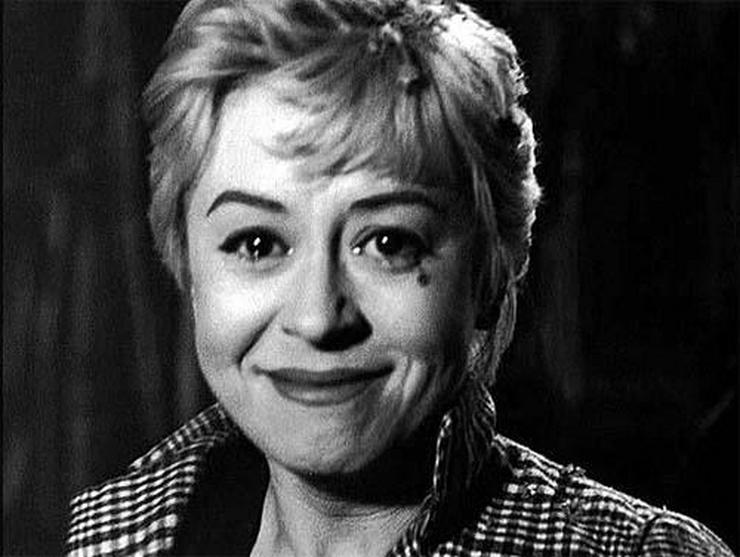 Image result for nights of cabiria last shot