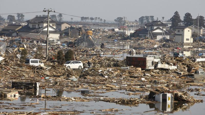 Skutki trzęsienia ziemi i fali tsunami w Japonii, fot. PAP/EPA