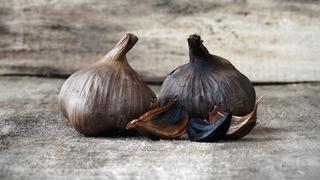Dietetyczne odkrycia: czarny czosnek