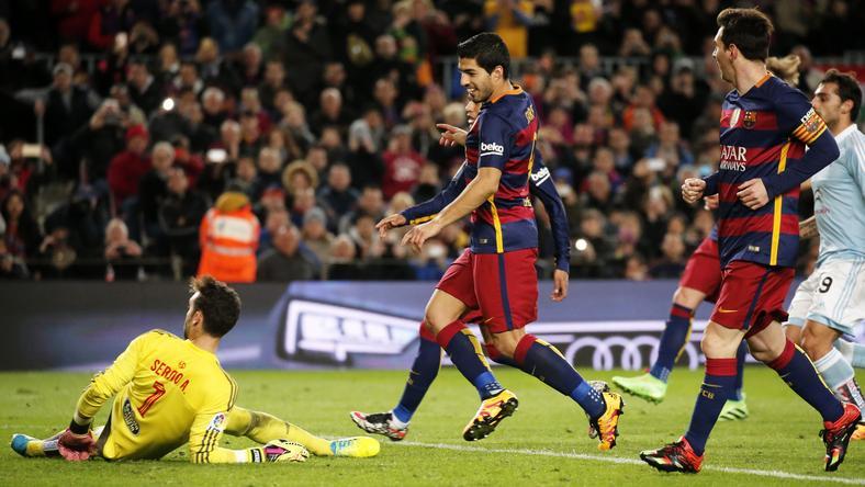 Messi (jobbra) büntetőből passzolt Suáreznek/Fotó: AFP