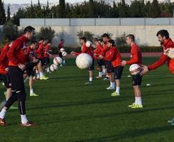 Fudbaleri Zvezde uz futsal reprezentaciju