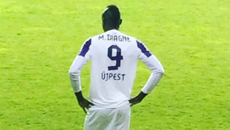 A szenegáli focista hátat fordít a magyar csapatnak / Fotó: Instagram