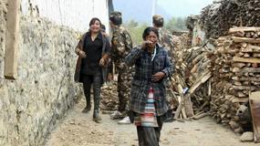 Nepal: kolejne wstrząsy i apel o pomoc po trzęsieniu ziemi