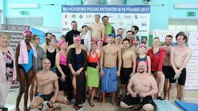 Celebryci na sportowej imprezie. Kto jest najlepszym pływakiem wśród aktorów?