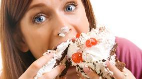 Sześć zaskakujących trików, by zacząć jeść mniej - ich skuteczność potwierdziły badania