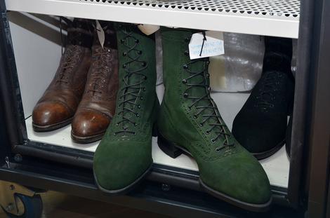 Osim braon i crnih, Tesla je voleo da nosi i cipele u zelenoj boji