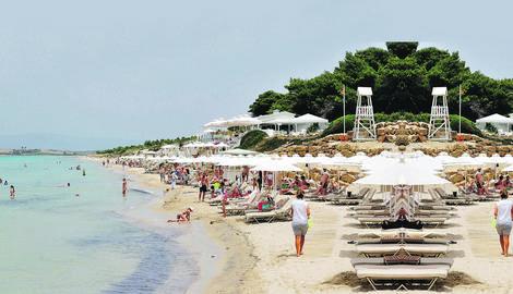 """""""BLICOV"""" VODIČ Kako da najbrže i najjeftinije stignete do grčkog mora i da izbegnete saobraćajne kazne"""